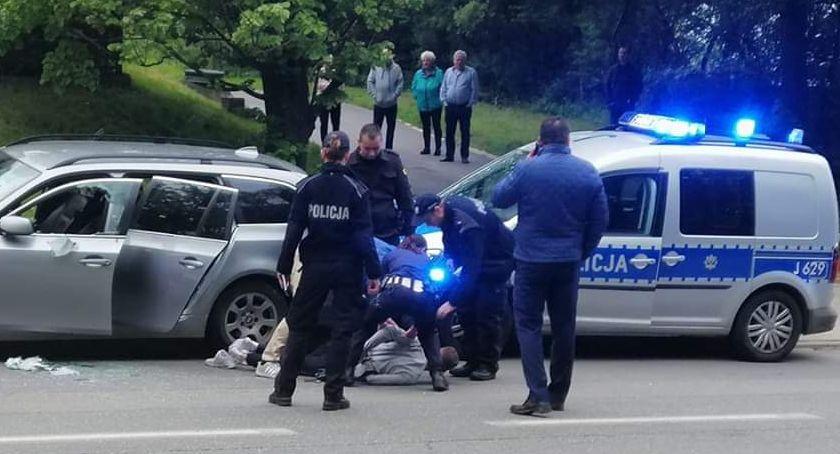Policja , Uciekinier usłyszał zarzuty - zdjęcie, fotografia