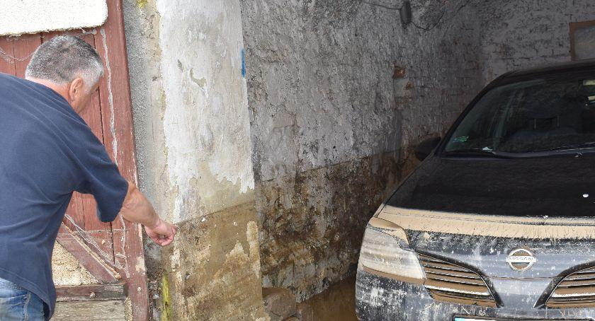 Opieka społeczna, Powódź Regulicach kilka minut stracili wszystko - zdjęcie, fotografia