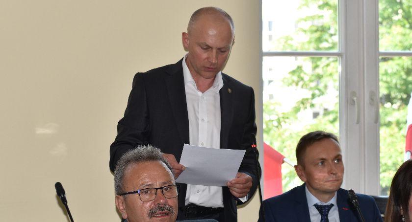 Rada Miasta, Polityczny mobbing - zdjęcie, fotografia