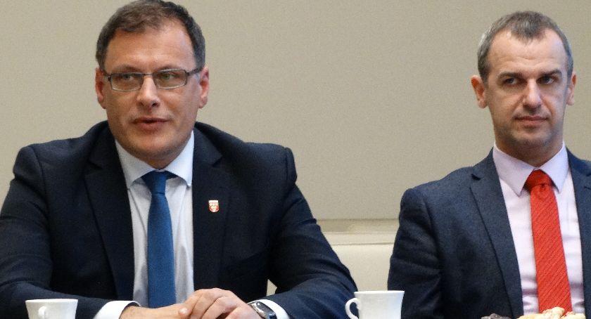 Burmistrz, Kukułcze Kordiana Kolbiarza - zdjęcie, fotografia