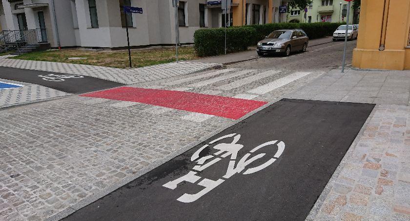 Interwencje, Nieprzyjazne ścieżki rowerowe - zdjęcie, fotografia