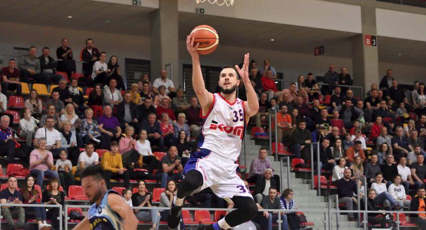 Koszykówka, Duże zmiany Basket - zdjęcie, fotografia