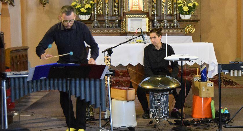 Koncerty, Brosig perkusyjnie - zdjęcie, fotografia