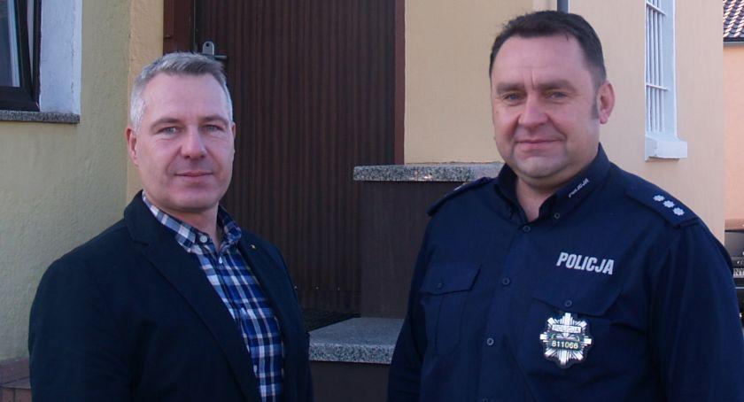 Policja , Komendanci wylecieli pracy - zdjęcie, fotografia