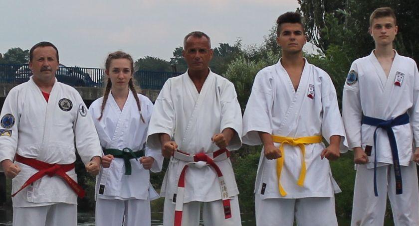 Sztuki walki, tylko służb mundurowych - zdjęcie, fotografia