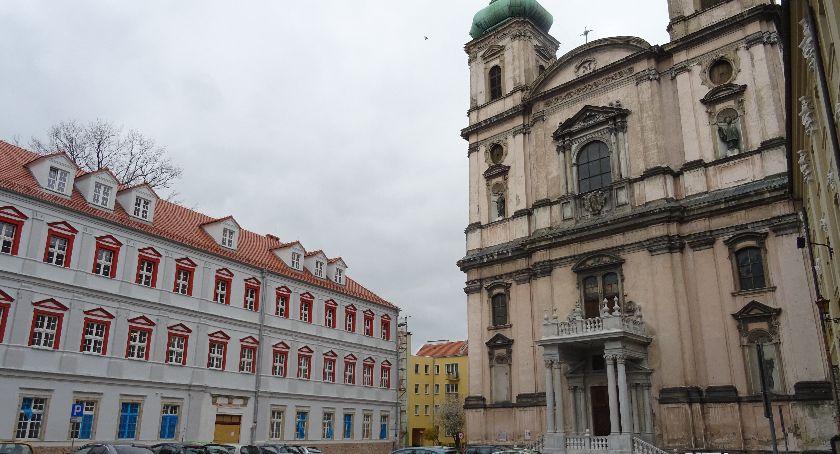 Powiat Nyski, Starosta wycofuje remontu kościoła Wniebowzięcia - zdjęcie, fotografia