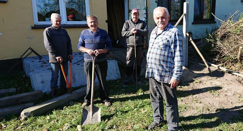 Reportaże, Jodłowe wzgórze - zdjęcie, fotografia