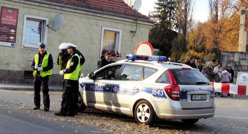 Policja , Wszystkich Świętych Zmiany nyskich drogach - zdjęcie, fotografia
