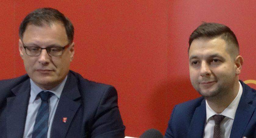 Kontrowersje, Budowa sądu Były obietnice teraz apele - zdjęcie, fotografia