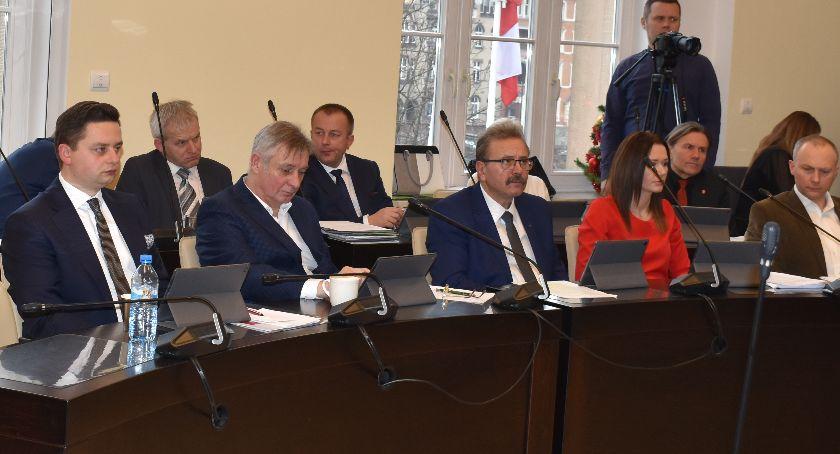 Rada Miasta, Podatki nieruchomości transportu górę - zdjęcie, fotografia