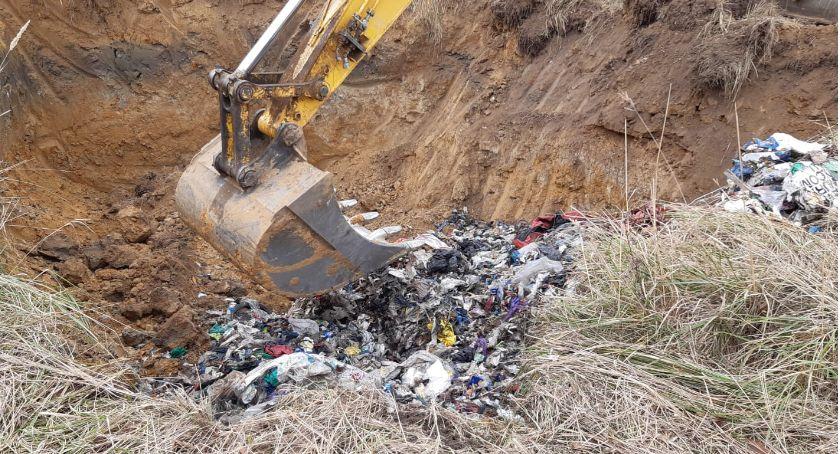 Sąd i prokuratura, Mafia śmieciowa akcji - zdjęcie, fotografia