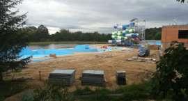 Śmierć na budowie basenu
