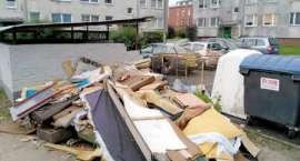 Miasto tonie w śmieciach. Mnożą się szczury!