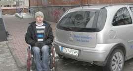 Dyrektor NDK wyrzuca inwalidę