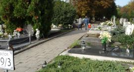 Nielegalne opłaty na cmentarzu