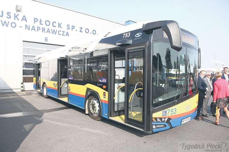 Gospodarka, Zdrożały bilety autobusowe - zdjęcie, fotografia