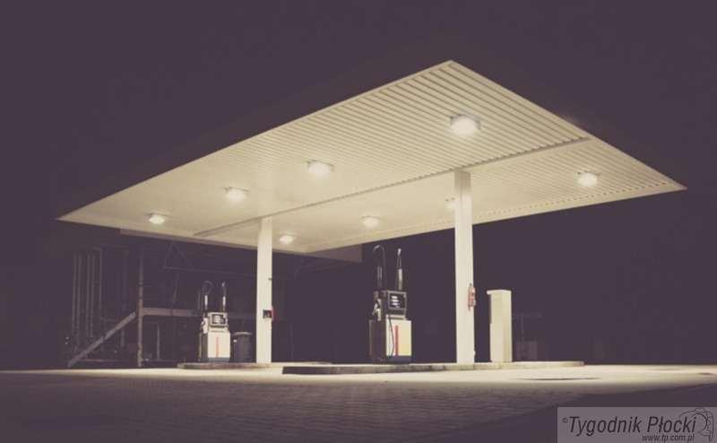 Wiadomości, Włamanie stacji paliw - zdjęcie, fotografia