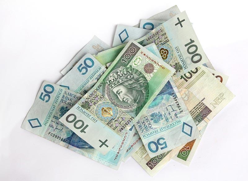 Wiadomości, Kradzieże pieniędzy - zdjęcie, fotografia