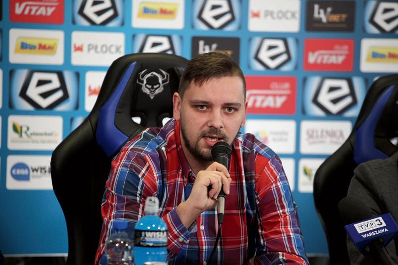 Piłka nożna, Rozmawiamy wiceprezesem Wisły Płock Tomaszem Marcem - zdjęcie, fotografia