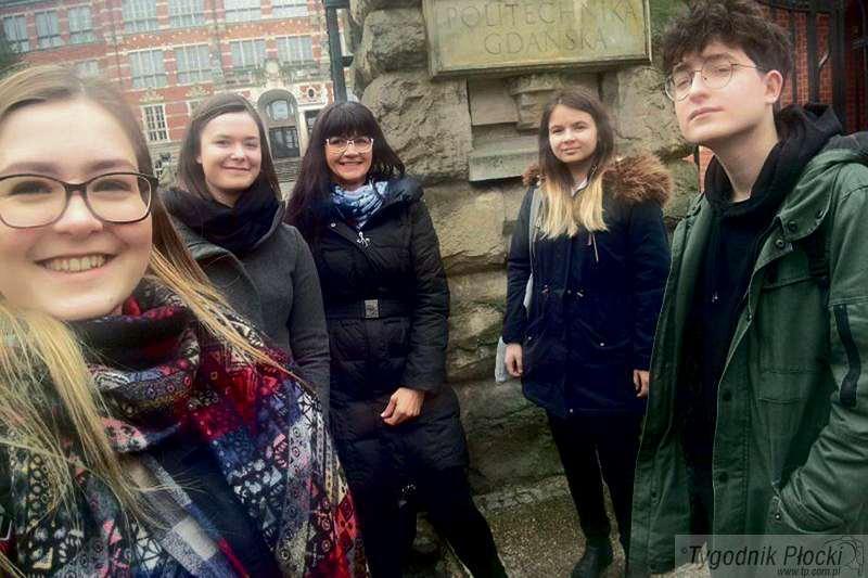 Aktualności, Licealiści Sierpca walczą indeksy - zdjęcie, fotografia