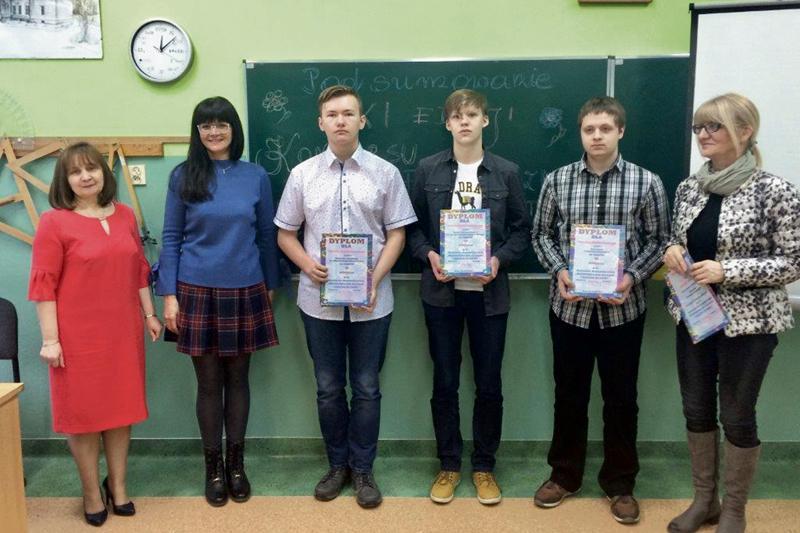 Sierpc - powiat sierpecki, Liceum Sucharskiego rywalizowali matematyczni prymusi - zdjęcie, fotografia