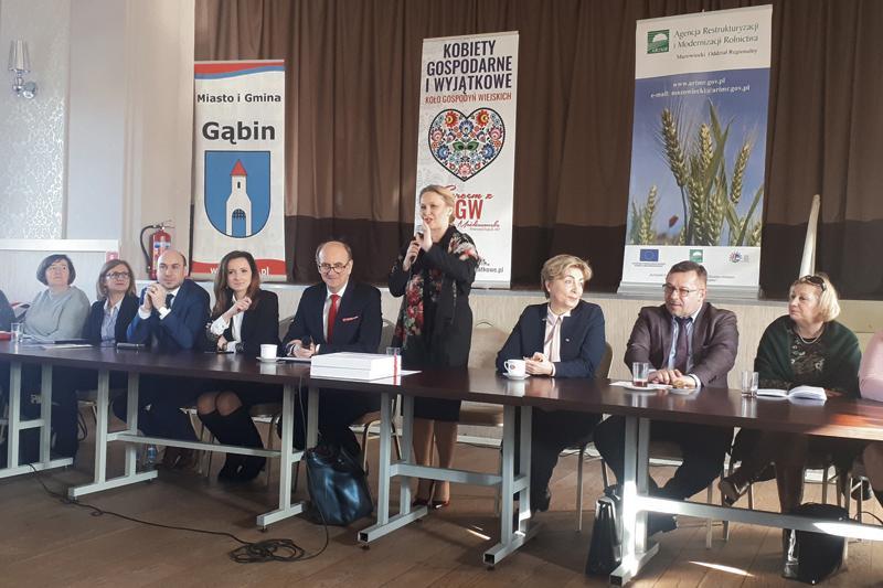 Płock - powiat płocki, Koła Gospodyń Wiejskich Objęte zostały ustawą - zdjęcie, fotografia