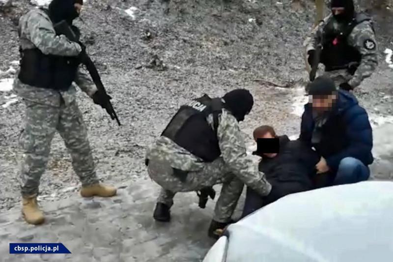 Wiadomości, Zatrzymany podłożenie bomby samochodem [ZDJĘCIA FILM] - zdjęcie, fotografia