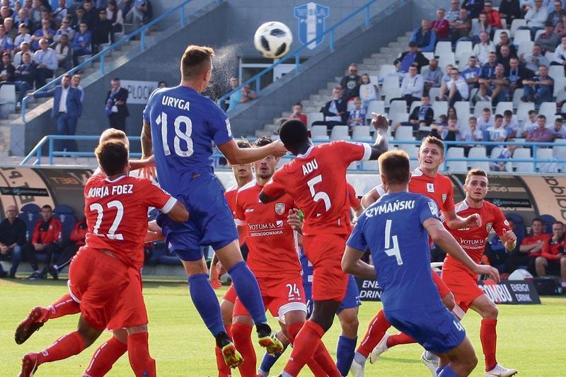 Piłka nożna, Nadal zwycięstwa siebie - zdjęcie, fotografia