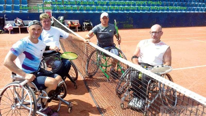 Tenis ziemny, mocnych Kamila Fabisiaka - zdjęcie, fotografia