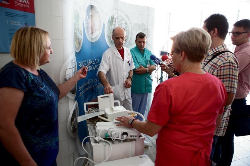 Aktualności, sprzęt remonty szpitalu Trójcy - zdjęcie, fotografia