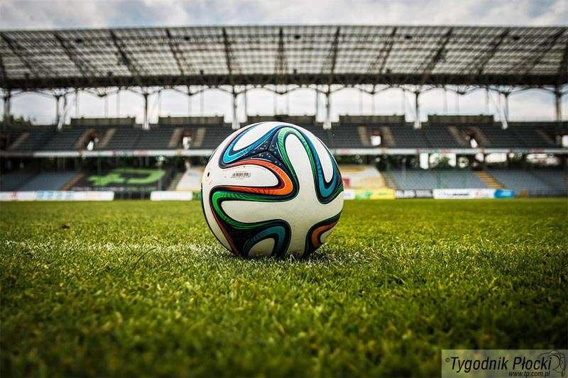 Piłka nożna, Kolejne karnetów czytelników Tygodnika Płockiego ORLEN - zdjęcie, fotografia