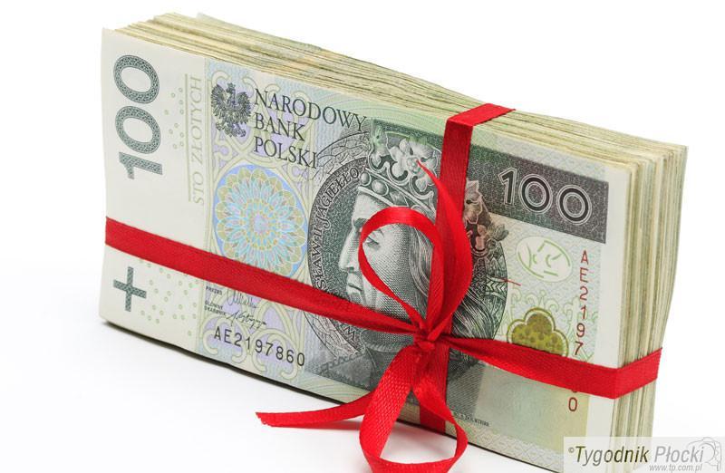 Finanse, warto korzystać przedłużenia terminu spłaty szybkiej pożyczki - zdjęcie, fotografia