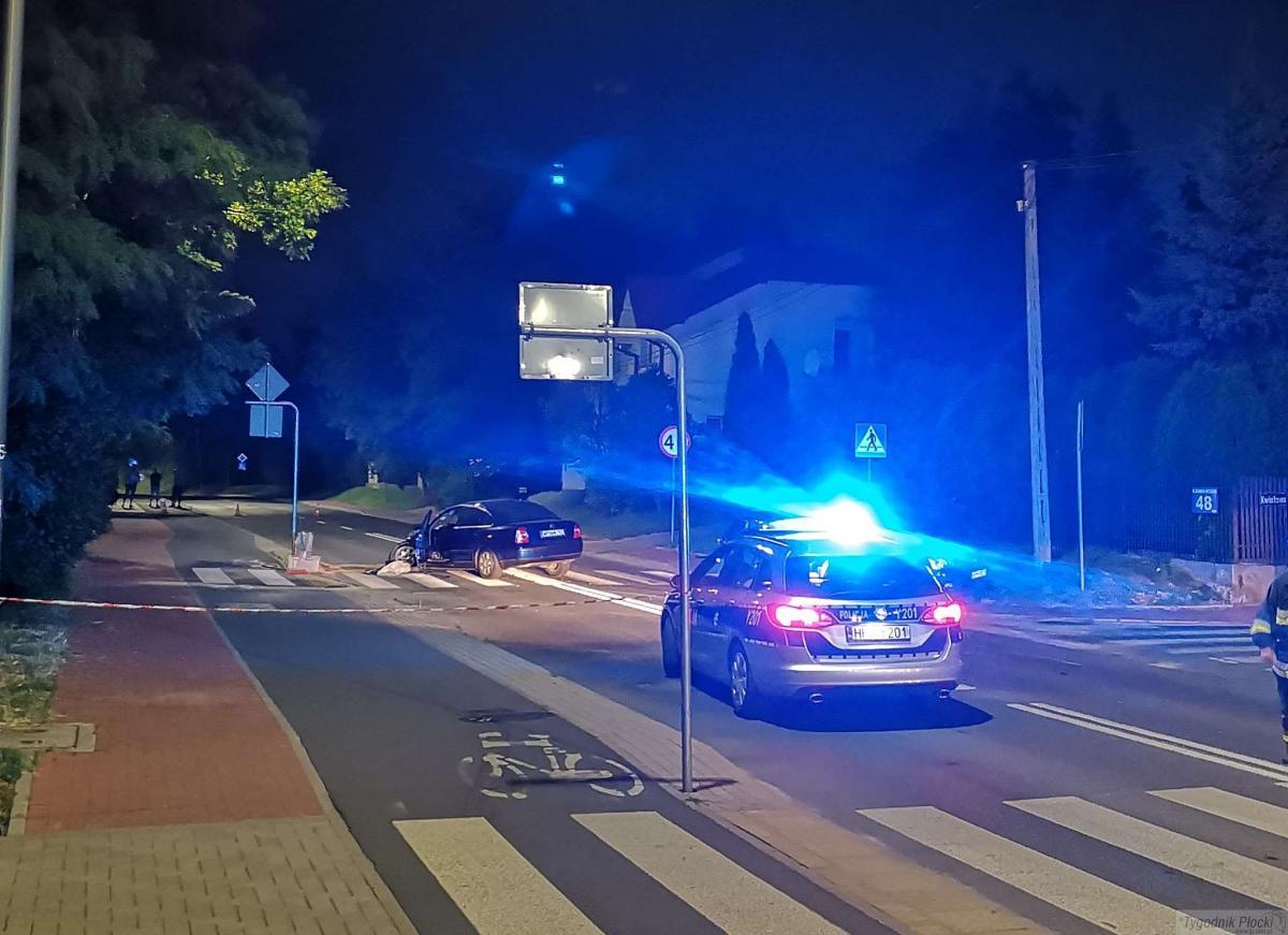 Wypadki drogowe, Nocne zderzenie Kazimierza Wielkiego (AKTUALIZACJA) - zdjęcie, fotografia
