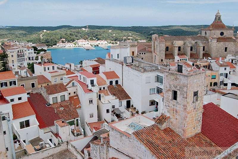"""Turystyka, Minorka wyspa """"stołów"""" - zdjęcie, fotografia"""