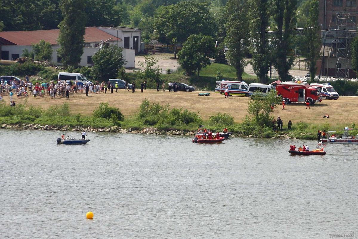 Wiadomości, Będzie drugi dzień Pikniku Lotniczego raczej pokazy lotnicze - zdjęcie, fotografia