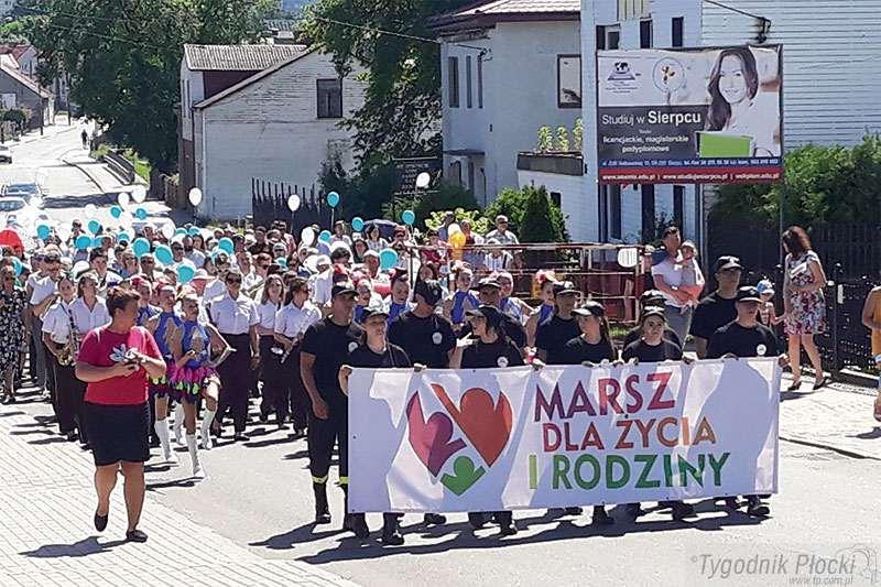 Sierpc - powiat sierpecki, Rodzinny marsz Sierpcu - zdjęcie, fotografia