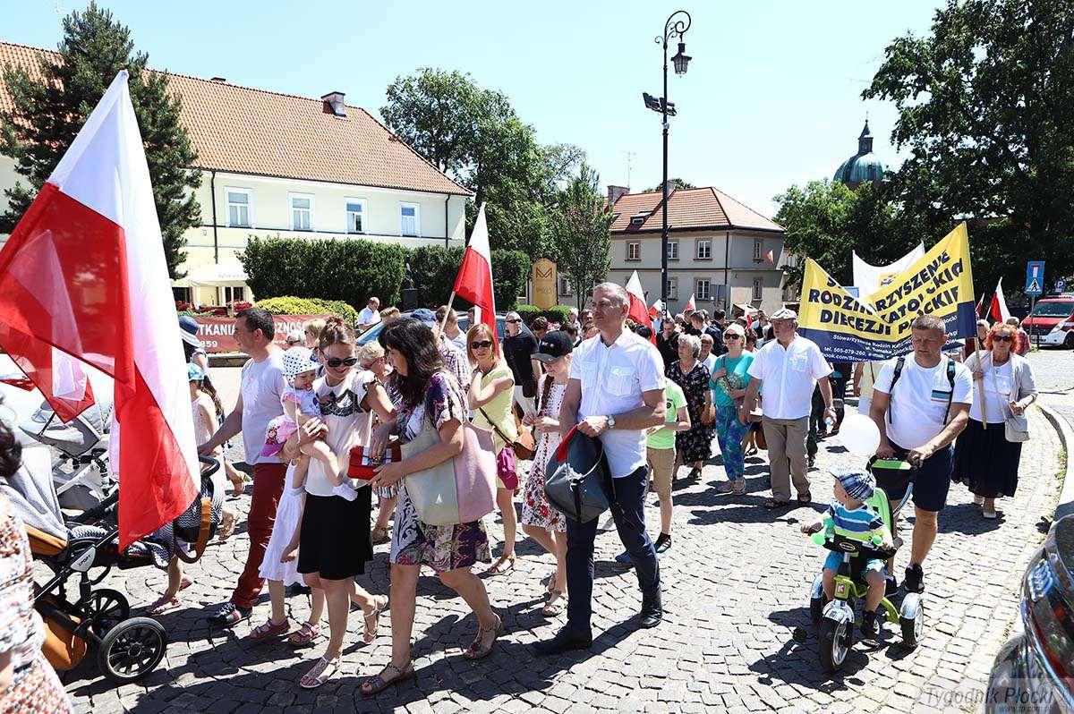 Aktualności, Marsz Życia Rodziny Płocku [ZDJĘCIA] - zdjęcie, fotografia