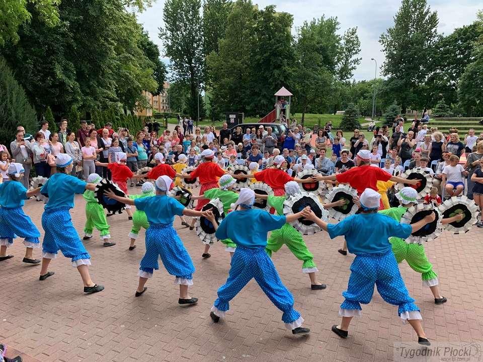 Aktualności, Wspólna zabawa mnóstwo atrakcji osiedlu Miodowa [Zdjęcia] - zdjęcie, fotografia