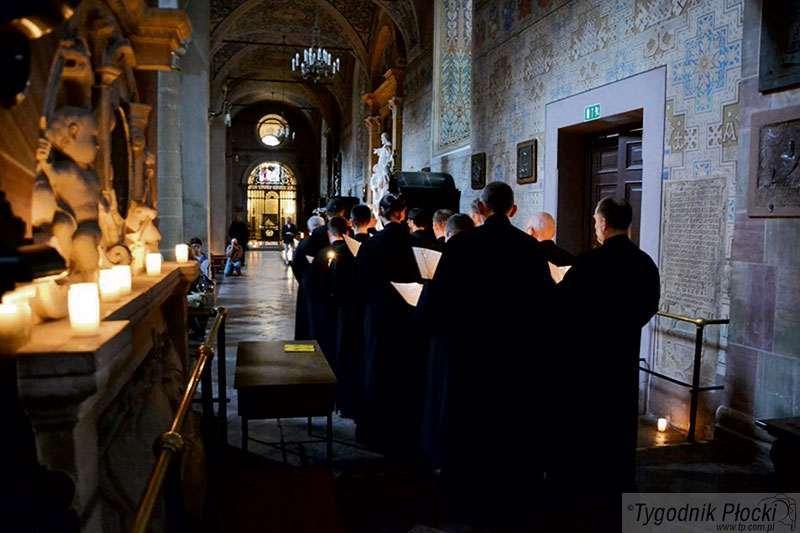 Koncerty, bazylice zabrzmiał Pontyfikał Płocki - zdjęcie, fotografia