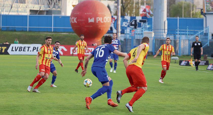 Piłka nożna, będzie liderem Wisły Płock - zdjęcie, fotografia