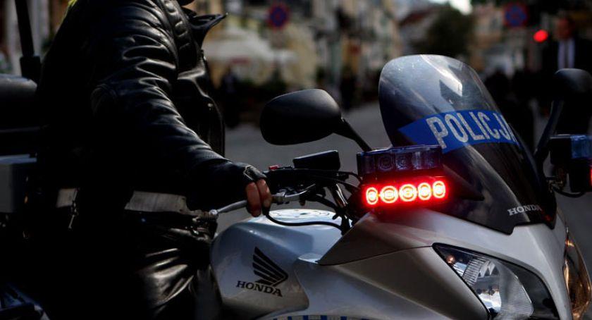 Prawo i bezprawie, Płoccy policjanci zawieszeni - zdjęcie, fotografia