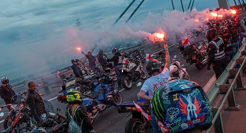 O tym się mówi, Płoccy motocykliści oddali cześć Powstańcom - zdjęcie, fotografia