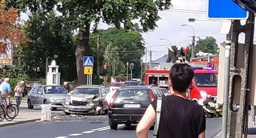 Wypadki drogowe, Mały karambol Radziwiu Dobrzykowska zamknięta - zdjęcie, fotografia