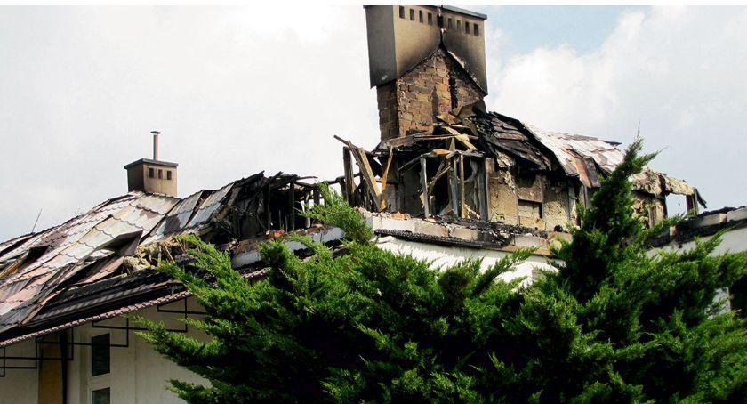 Aktualności, Starostwo odbuduje zniszczony budynek - zdjęcie, fotografia