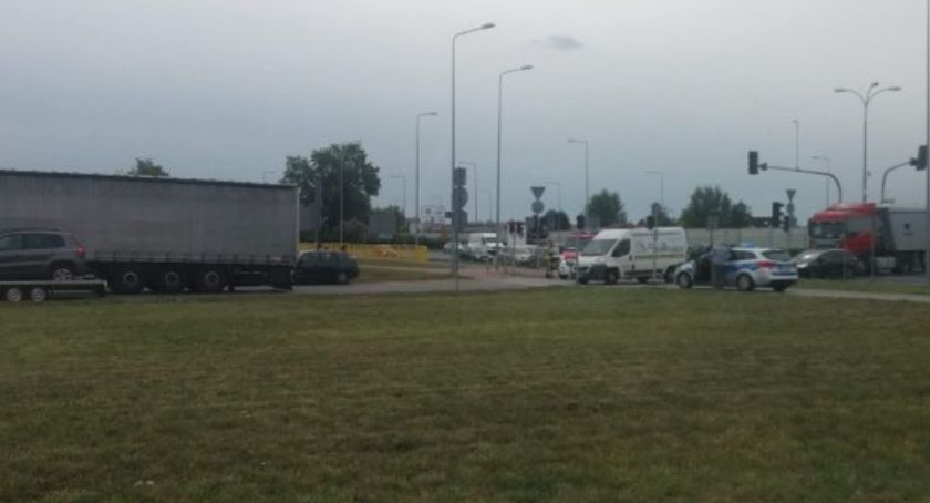 Wypadki drogowe, Dzwon Dzwonie Mogą utrudnienia ruchu - zdjęcie, fotografia
