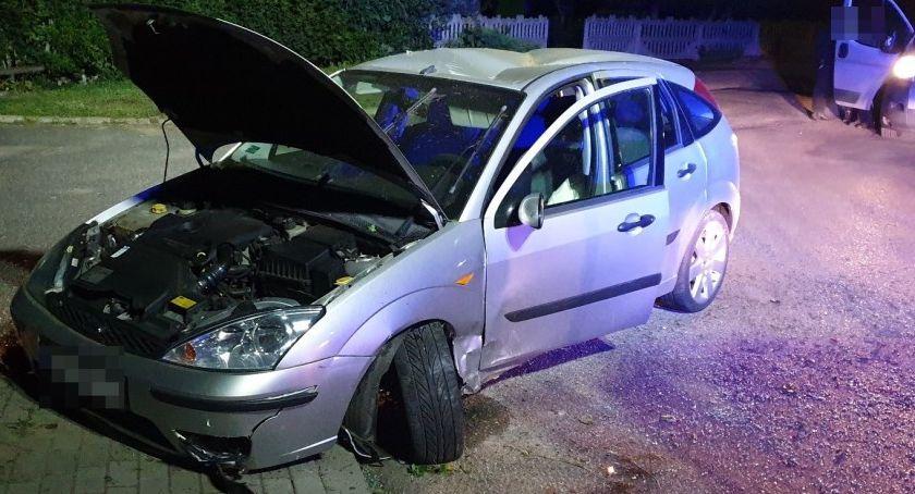 Wypadki drogowe, Najpierw odpustowa zabawa potem dachowanie - zdjęcie, fotografia