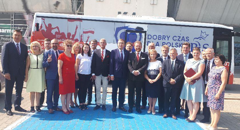 Aktualności, Prawo Sprawiedliwość zaprezentowało swoich kandydatów - zdjęcie, fotografia