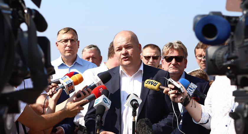 PKN ORLEN, Prezydent Miasta Płocka Andrzej Nowakowski odpowiada wczorajsze oświadczenie ORLEN - zdjęcie, fotografia
