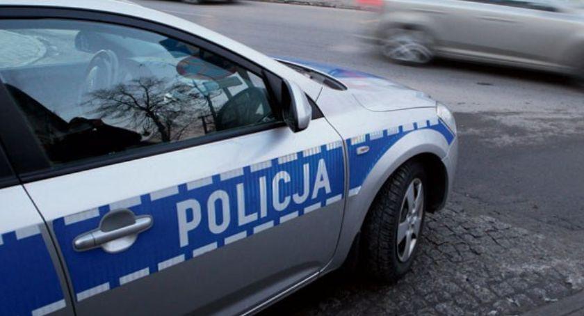 O tym się mówi, Szkoły obstawą policji Trudny początek szkolnego - zdjęcie, fotografia