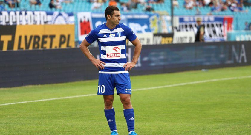 Piłka nożna, Giorgi Merebaszwili chcemy zwyciężyć trzeci rzędu - zdjęcie, fotografia